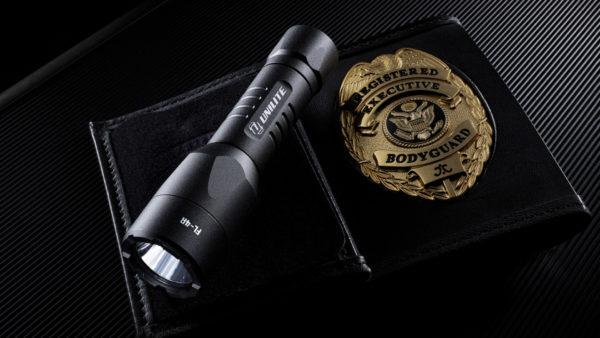 USB wiederaufladbare Taschenlampe Unilite FL-4R